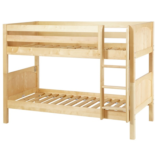 Low bunk beds hardwood twin low bunk bed with straight for Low bunk beds for toddlers