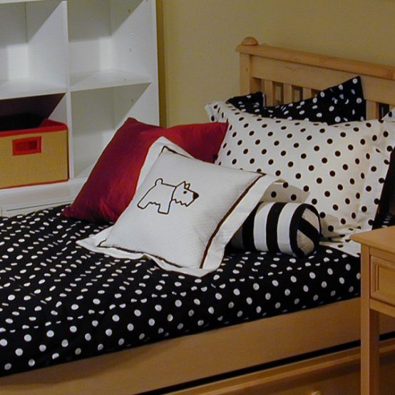 black white bunk bed hugger