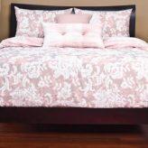Traditional Bedding Renaissance Bed Cap Comforter Set