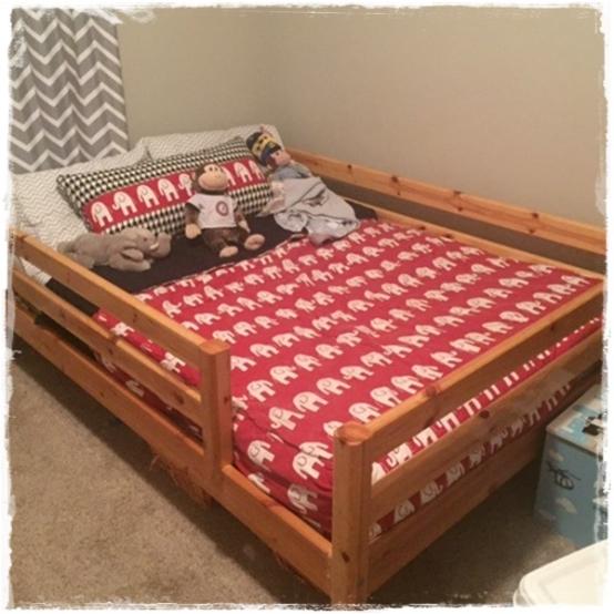 Lipstick White Ele Bunk Bed Hugger