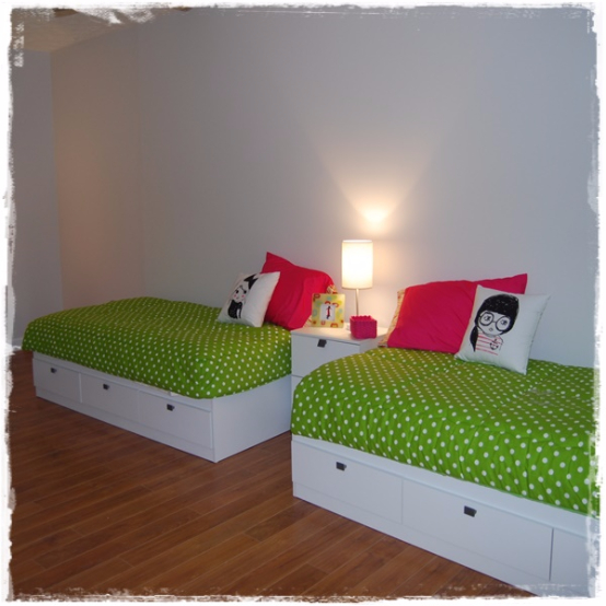 Chartreuse White Dot Bunk Bed Hugger