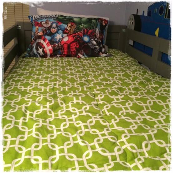 Chartreuse White Gotcha Bunk Bed Hugger