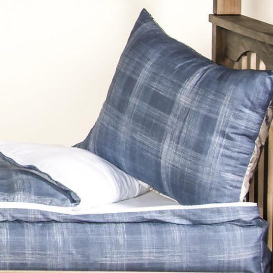 Dungaree Zipper Comforter