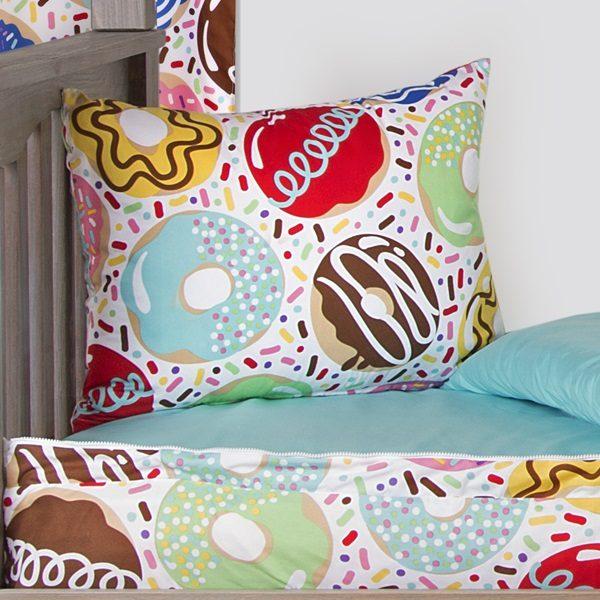 Sweet Dreams Zipper Comforter