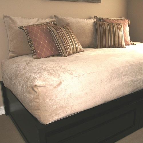 Padma Parchment Bed Cap Comforter
