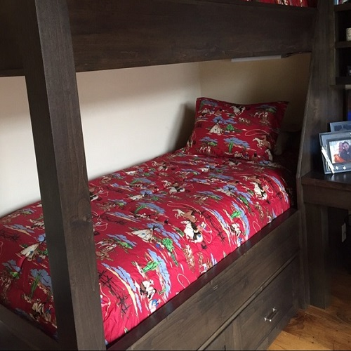 Rodeo Red Bunk Bed Hugger with Sham