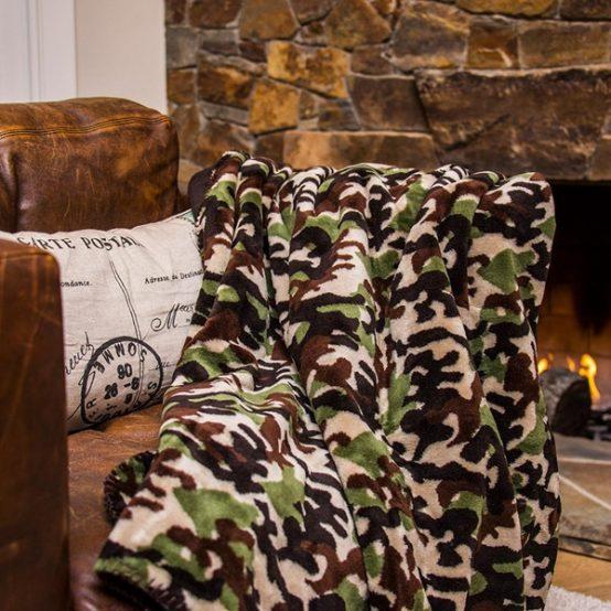 Camouflage Dark Chocolate Throw Blanket2